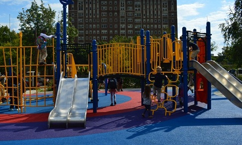 Porous pavement at the Lea School's playground. Photo credit: WPCNS.